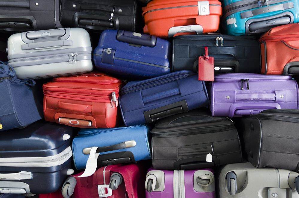 Quieres enviar una maleta por mensajería -Facturo o la envío